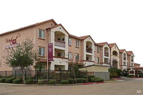 fresno appartments westwood bluffs fresno ca apartment finder