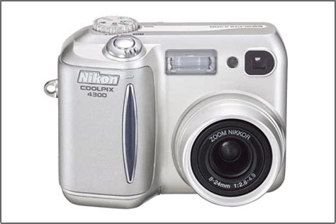 nikon coolpix 4300 four megapixel digital photography review