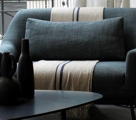 Table De Chevet Grise 267 by Les 25 Meilleures Id 233 Es De La Cat 233 Gorie Couvre Lit Moderne