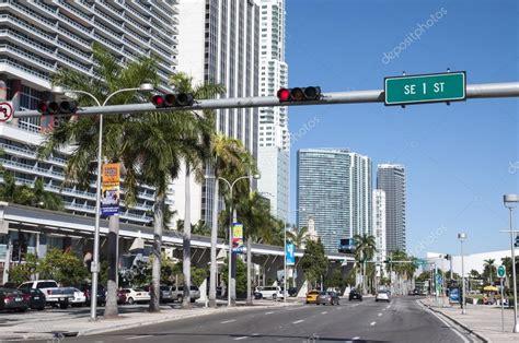 imagenes de ta miami calle en miami centro florida estados unidos foto