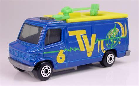 truck tv mb205 mercedes tv truck