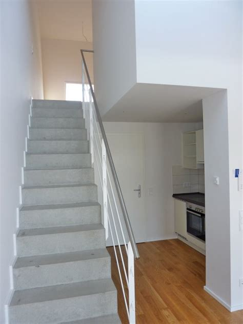 Wohnung Mit Treppe by Top Chic Neue 2 Zi Maisonette Wohnung In Guter Stadtlage