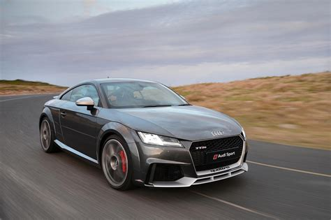 Ttrs Audi by Audi Tt Rs 2017 Launch Review Cars Co Za