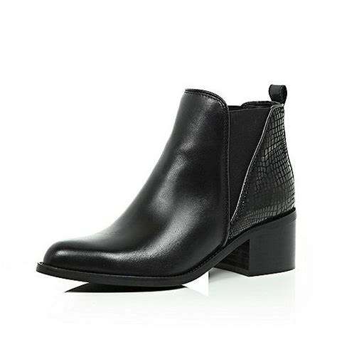 chelsea boots chelsea and pointed chelsea boots on