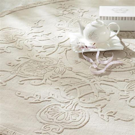 alfombra redonda de pelo corto de lana color crudo diam  cm sculpture maisons du monde