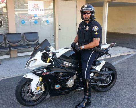 motor patrol bmw s1000rr show bike