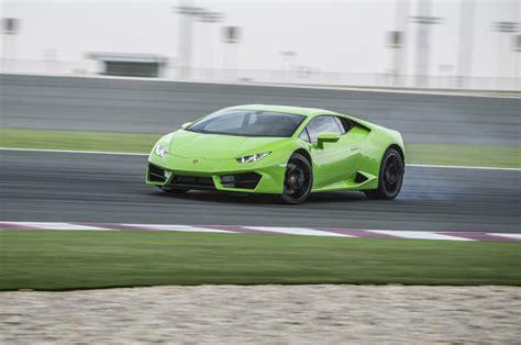 Lamborghini Drivers Lamborghini Hurac 225 N Lp 580 2 Provides Loads Of Happy