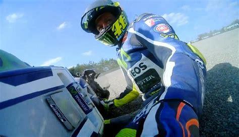 Baju Tim Yamaha dan lorenzo dukung aturan baru soal baju balap motogp sport tempo co