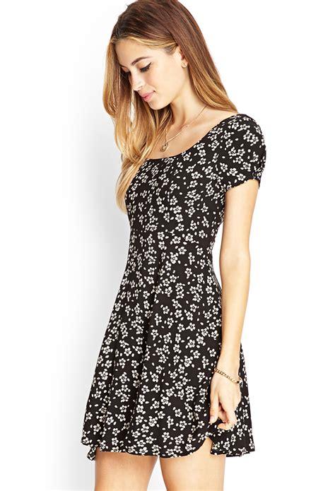 Black Crossback Dress 19165 lyst forever 21 floral crossback skater dress in black