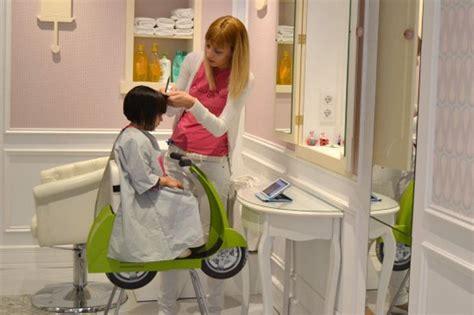 sillas peluqueria infantil 7 peluquer 237 as infantiles en barcelona paperblog