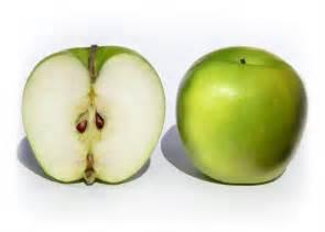 pourquoi les pommes brunissent elles quand on les coupe