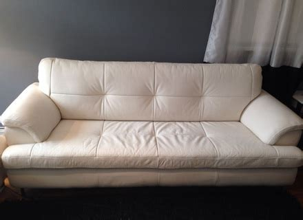 mold on leather sofa mold on leather sofa instasofaus alley cat themes