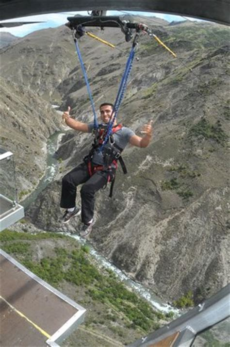 aj hackett swing nevis swing picture of aj hackett bungy new zealand