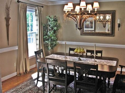 36 best images about dining room chair rail wainscotting 17 best images about dining room on pinterest country