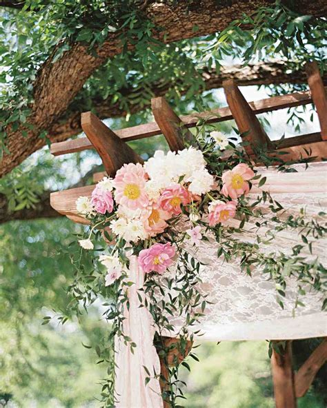 Wedding Arch Lace by 59 Wedding Arches That Will Instantly Upgrade Your