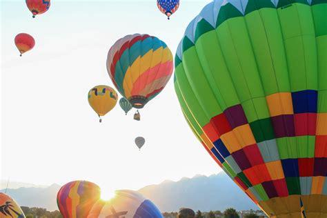 speelgoed luchtballon gratis afbeeldingen ballon heteluchtballon vliegtuig