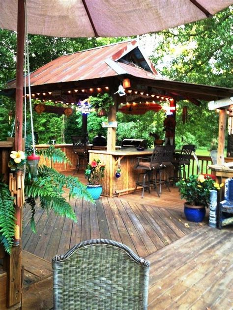 tiki backyard designs en iyi 17 fikir tiki hut pinterest te tiki bar