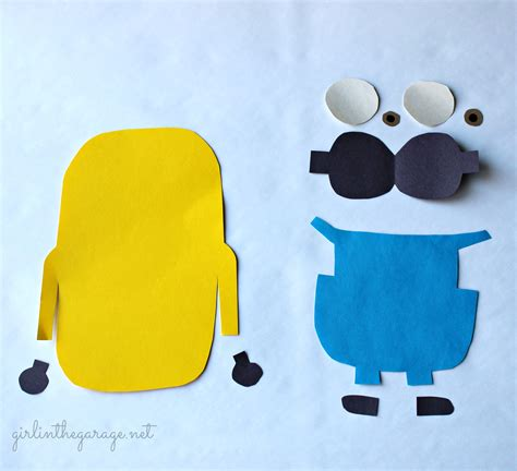 How To Make A Out Of Construction Paper - best photos of minion cut out template minion coloring