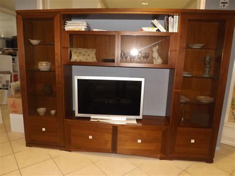 mobili soggiorno classici prezzi soggiorno piombini modigliani legno pareti attrezzate
