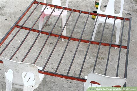 How To Paint A Metal Bed Frame With Pictures Wikihow How To Paint A Metal Bed Frame