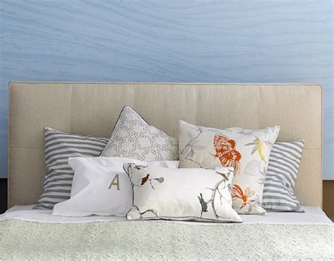 how to arrange pillows on a bed how to arrange pillows on a cal king bed 5 guides for