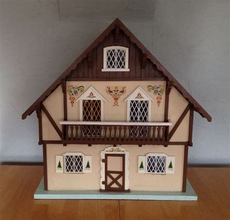 tall doll house 17 best images about dollhouse on pinterest exterior colors dollhouse miniatures
