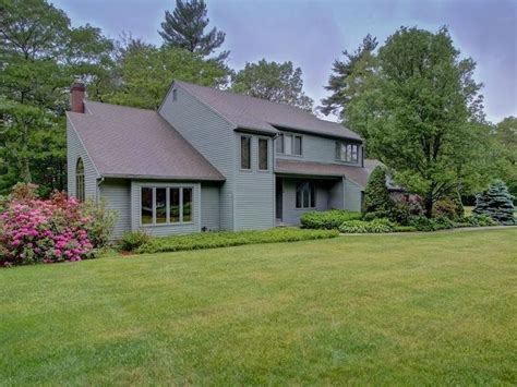 homes for sale in milford and nearby worcester county