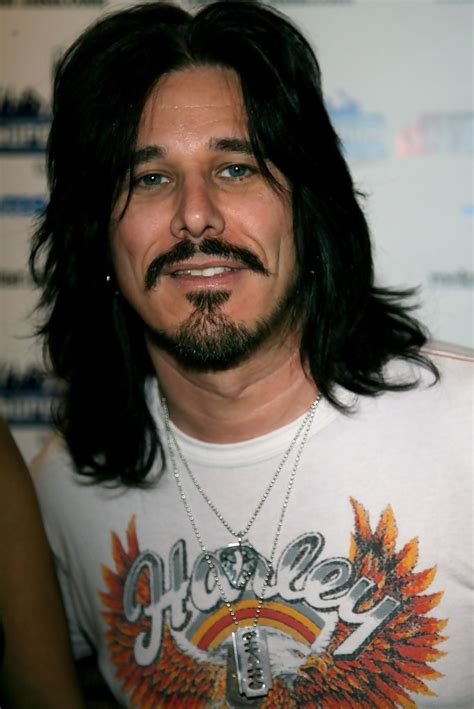 gilby clarke gilby clarke pictures kick off party for quot rockstar