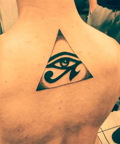 pyramid tattoo eye of horus in pyramid www pixshark images