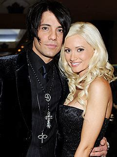 Cameron Diaz And Criss Maybe Dating by Criss Is A Beautiful Person