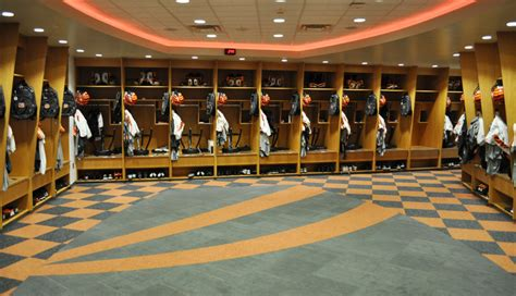 nfl locker room inside every nfl locker room make gameday everyday