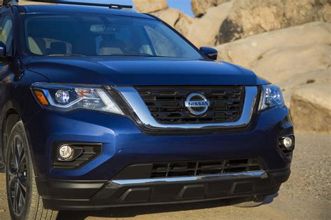 black nissan pathfinder 2017 2017 nissan pathfinder revealed with more power torque