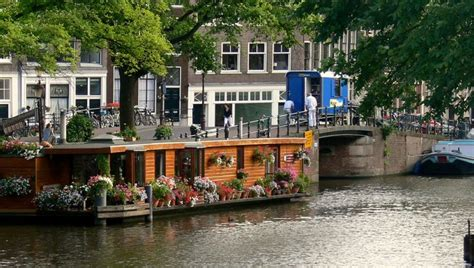 amsterdam boat house houseboat in amsterdam houseboat trips dream board pinterest houseboats and