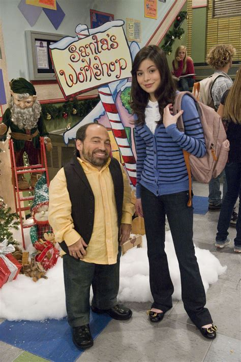 ichristmas icarly photo 33276179 fanpop
