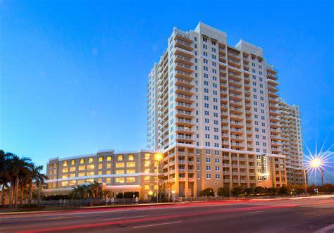 miami  focus photo gallery  shorecrest club apartments