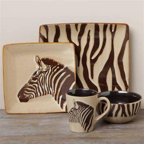 black  white dining room decorating  zebra prints