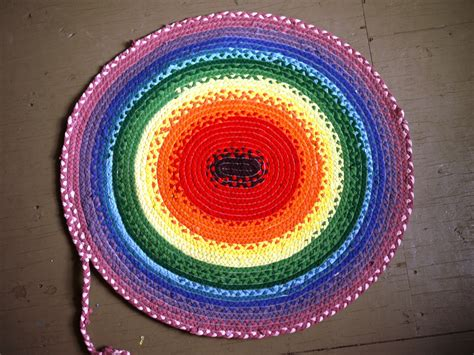 How To Make Handmade Rugs - make a braided rag rug the handmade adventures of
