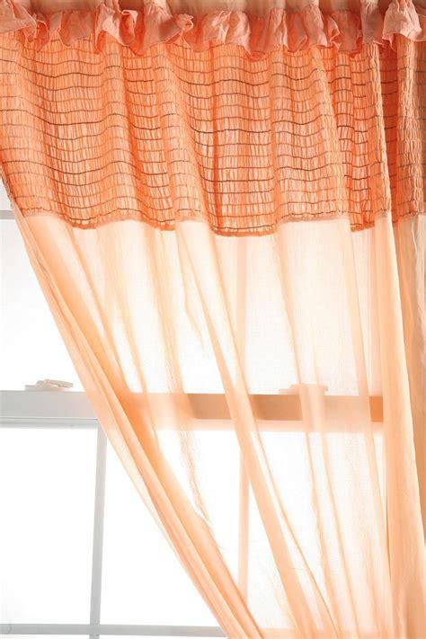 girly window curtains 100 girly window curtains best 25 wooden valance ideas
