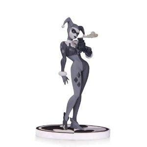 joker statue by jim lee 2nd edition batman black and white spac dc collectibles batman black and white statue batman by