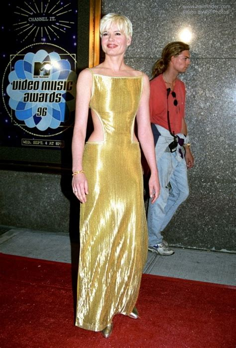 Lepaparazzi News Update Mtv Awards Bounce Back After by Geena Davis With Hair And Bangs