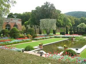 B Garden Timing Filoli Cooper Molera Adobe And The Gamble House Time Tells