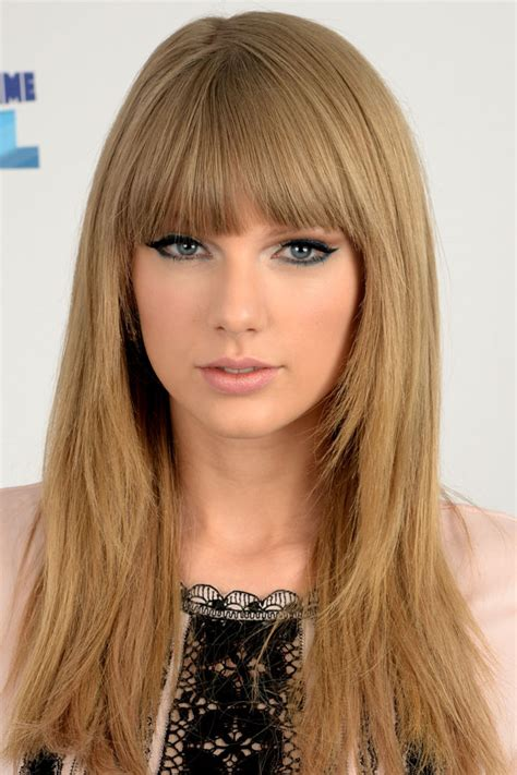 what colours does taylor swift use for ash blonde hair going blonde how to get the best shade for you reds hair