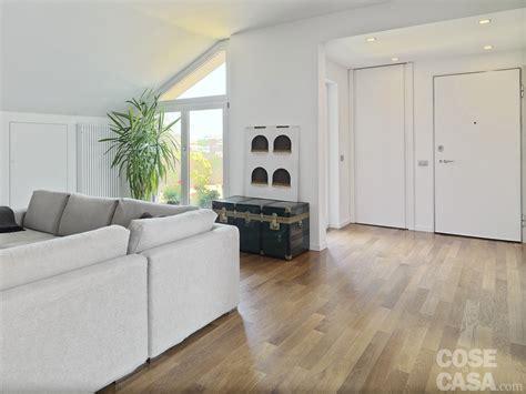 ingresso abitazione vivere in mansarda nuovo look per la casa sottotetto