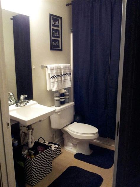 apartment bathroom ideas my college apartment bathroom black and white with grey