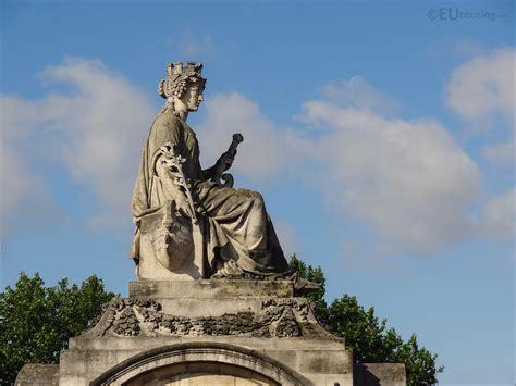city  marseille statue  place de la concorde