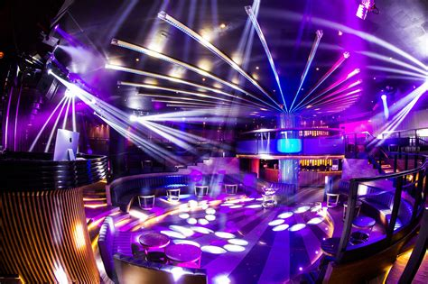 Elation Lighting by Elation Lighting Rejuvenates Renowned Venue In
