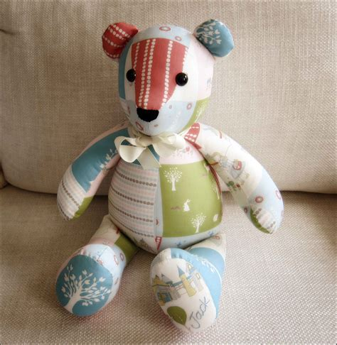 How To Make A Patchwork Teddy - memory pattern free sewing for the kiddlets