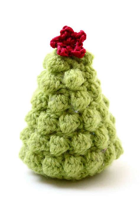 crochet pattern xmas crocheted christmas tree ornaments look chic