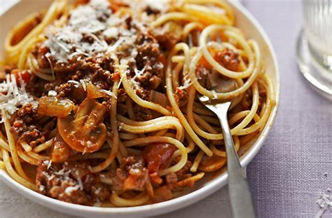 best spag bol recipe spaghetti bolognese recipe goodtoknow