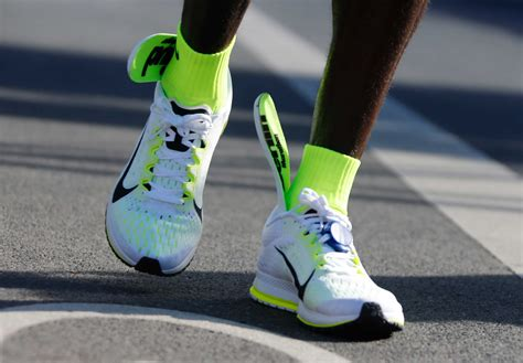 running shoes berlin nike runner missed world record because his shoes